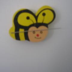 Needle minder bee