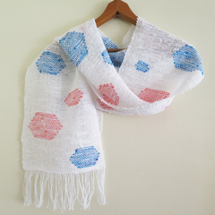 Spot scarf