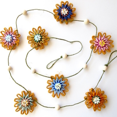 Hemp Twine Paper Raffia Flower Garland Wall Hanging Decoration Rustic Button