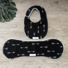 Bib & Burp Cloth Gift Set - Arrows on Black - Girl -Baby Boy - Unisex