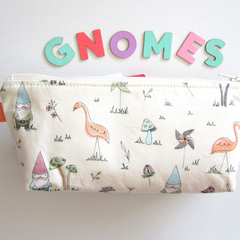 Zippered pouch, bag organiser, pencil case- Gnomes and Flamingos