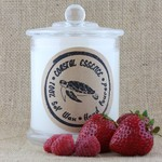 Sweet Escape Soy wax candle scented with strawberries,roses and champagne.