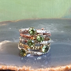 Size  O, Genuine Apple Green PERIDOT, 925 Sterling Silver Multiband Ring.