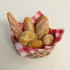 BREAD BASKET FOR DOLL HOUSE