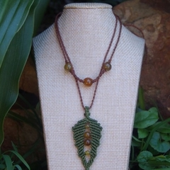 Bronze Fern Charm Necklace with Dragon Vein Agate Beads