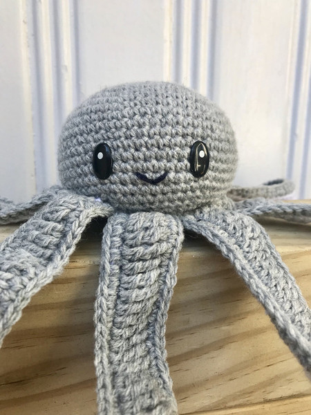 Crochet Octopus, baby Soft Toy, octopus Nautical Nursery Decor, Teepee Decor, oc