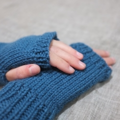 Toddler fingerless gloves - teal blue / soft Australian wool / 1-3 years