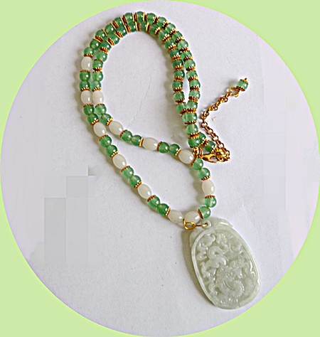 Natural jade necklace.