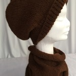 Unisex adult hand-knitted 100% AUS-ALPACA slouchy-beanie/cowl set