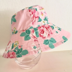 Girls summer hat in big pink rose fabric