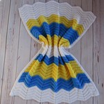 Chevron baby blanket | unisex | white, yellow, azure blue | gift | baby shower