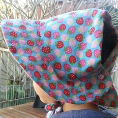 Adjustable & Reversible Sun Bonnet - Strawberries & Lovehearts