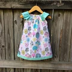 Pretty  girls dress , pretty seaside dress size 18-24 months . Handmade flutter