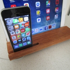 iPhone iPad Dual Docking station Handmade solid Tasmanian Timber
