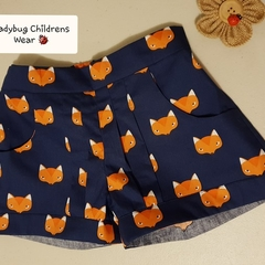 """Funky """"Fawn"""" foxy shorts! Dark blue with fox face print.  Size 4"""
