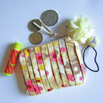 Pleated floral coin purse, pouch