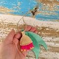 Gum flower, Australian flora, gum leaves