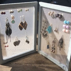 Earring storage, stud earring stand, earring display, earring organiser