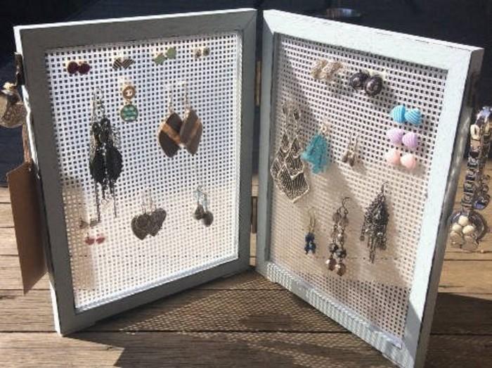 Earring Storage Stud Stand Display Organiser