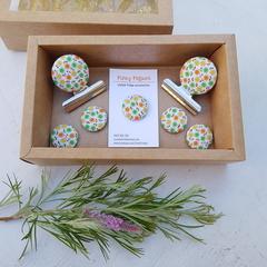 Retro Flowers Magnet Gift Box Set