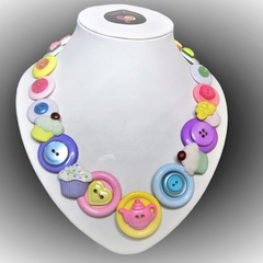 Button necklace - Cupcake Time