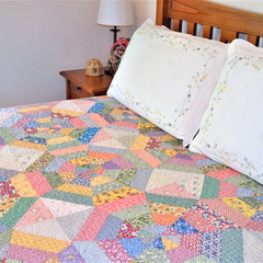 Farmhouse Cobwebs Quilt