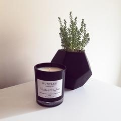 Vanilla & Hazelnut Scented 100% soy wax candle. Black Medium glass tumbler, 180g