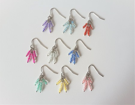 Small Minimal Tassel bead earrings ( Chic Blue Pink Red Yellow Green Purple )