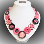 Button necklace -