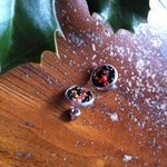 Spooky halloween earrings! Orange and black bead cameo earrings.