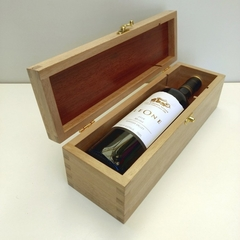 Wooden Wine Bottle Box - Hand Made from reclaimed Australian Oak and Jarrah