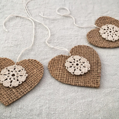 Set of 3 Hessian Hearts with Doily - FREE POSTAGE