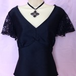 LADIES STUNNING BLACK LACE  TOP  size 18
