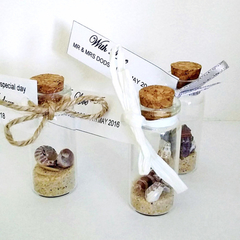 Mini Message in a bottle, Beach in a bottle, Wedding Favors, Party Favours