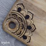 Wood Burnt Mandala Camphor Laurel Cutting Board