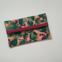 Tissue Holder - Mulberries & Leaves - Handbag Accessory - Practical Gift