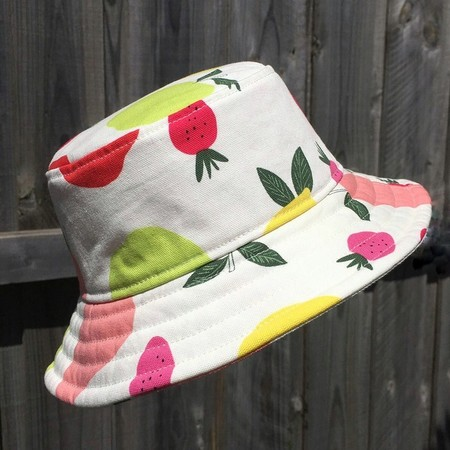 Child's bucket hat - Fruit Salad - 1 yr