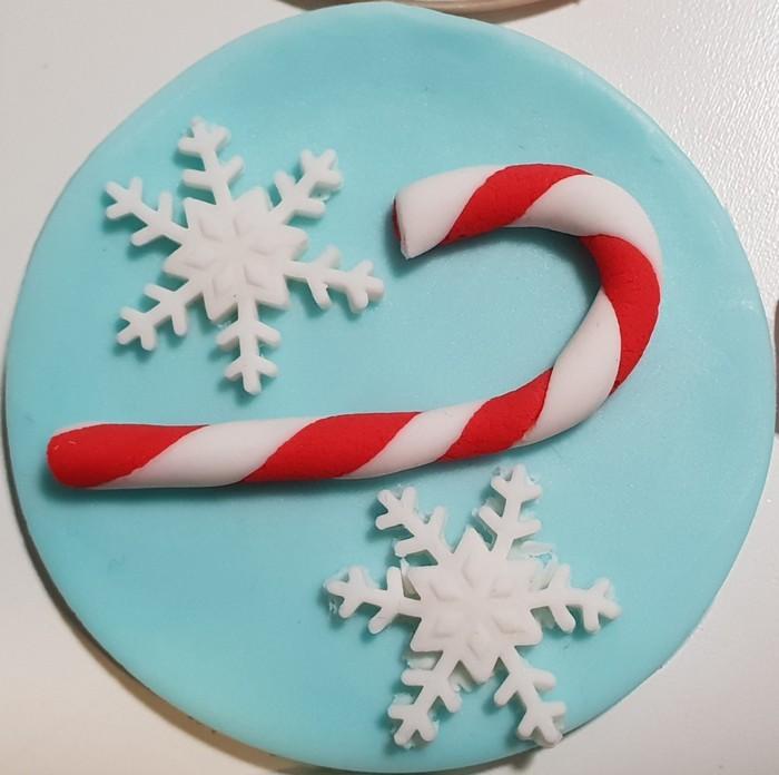 ... Fondant Christmas Cupcake Toppers ...