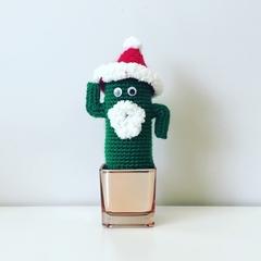 Mini Crochet Santa Cactus - Free Shipping