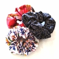 Scrunchie / DARK NAVY - flower