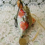 Coin Purse - Pyramid Style with Gold Rose Print