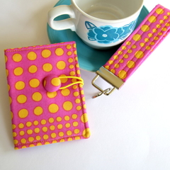 FREE POST - Tea Bag Wallet and Key Fob Gift Set - Yellow Spots on Pink
