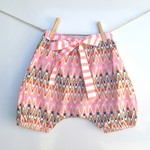 Girls Bloomers Harem Shorts Size 2-3yrs pink Neon with bow