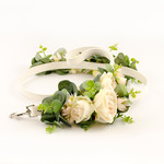 LEASH with champagne roses and eucalyptus leaves