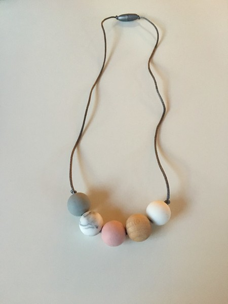 Silicone and Natural Wood Necklace - Rosy Pink and Marble