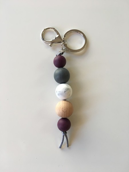 Silicone and Natural Wood Keyring - Double Aubergine