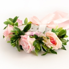 Pretty dog collar with pink and cream roses perfect for a dog of honor.
