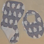 FREE POST Large Burp Cloth & Bib Set  Bamboo Terry  & 100% Cotton Print Fabric