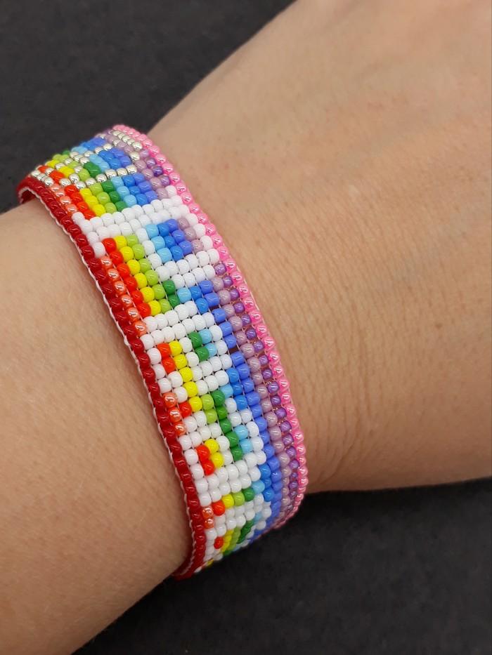 Peace Sign Beaded Loom Bracelet 60s 70s Rainbow Bright Summer Hippie