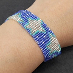 Glow in the dark stars bead bracelet blue sky turquoise night time